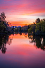 Deurstickers Candy roze Mirror Pond at Sunset - Bend Oregon
