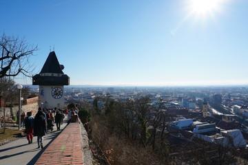 Deurstickers Kyoto Graz, Uhrturm, old town, Unesco, Altstadt, Aussicht, Schlossberg, Grazer Schlossberg, Wahrzeichen