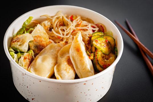 Korean Mandu Noodle Bowl with Vegetables