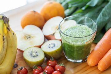 スムージー 野菜 果物