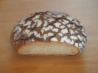Anschnitt - leckerer Brotlaib zum Genießen
