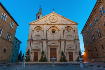 Fototapete - Cathedral in historical town Pienza, Tuscany, Italy