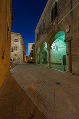 Fototapete - Night scene of historical town Pienza in Tuscany, Italy