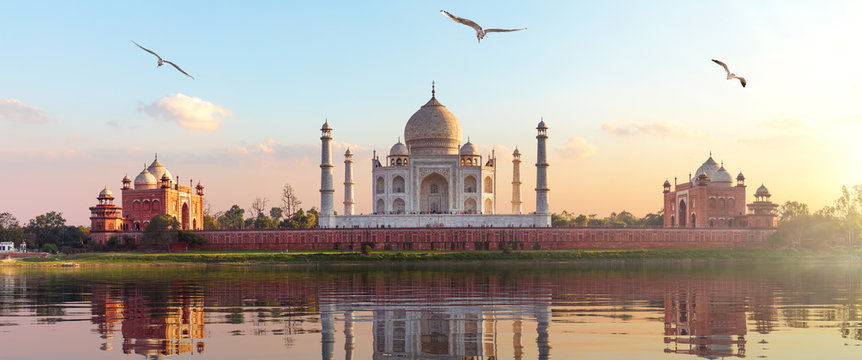 Taj Mahal sunrise panorama, Agra, Uttar Pradesh, India