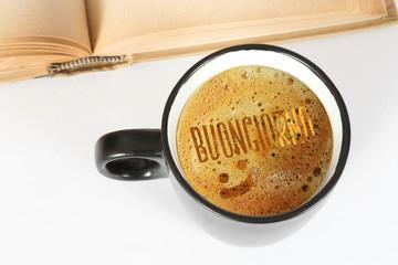 Eine Tasse Kaffee und Guten Morgen auf italienisch Buongiorno
