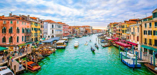 Wall Mural - Grand Canal and Venice city, view from Rialto bridge