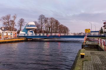 Erweiterbare Brücke Kapitän Witold Hubert in Darlowko