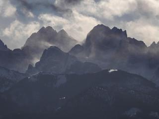 Fototapeta Tatry wiatr zima - widok na Rysy Wysoką i Młynarz obraz