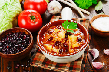 Cabbage soup with red beans
