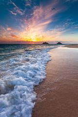 Foto op Canvas Zee zonsondergang A beautiful Lanikai sunrise