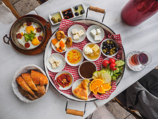 Delicious traditional turkish breakfast on the white table Fototapete