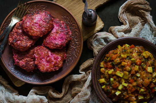 Chicken cutlets with beetroot and vegetable stew