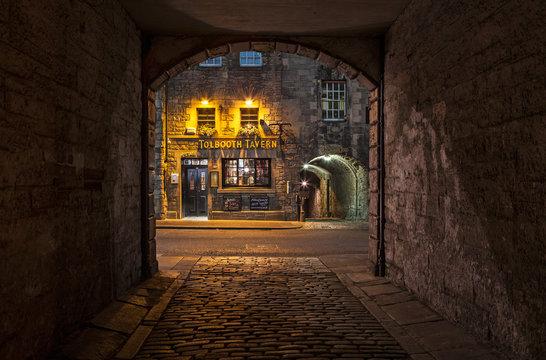 Tolbooth Tavern iin Edinburgh, Scotland