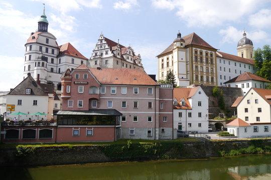 Neuburg an der Donau mit Schloss