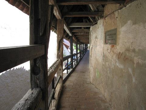 Wehrgang begehbare Stadtmauer Nördlingen