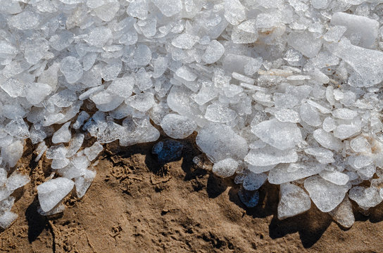 557-60 Ice Pebbles on the Shore