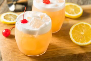 Fototapete - Refreshing Raki Vodka Sour Cocktail