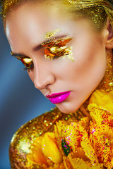 Golden makeup