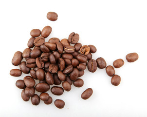 Fototapete - Fresh Roasted Coffee Beans Isolated On White Background