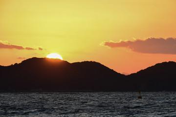さつき松原から見る夕陽【福岡県宗像市】
