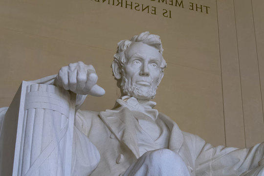 Lincoln Memorial, reminding that all people should be free.