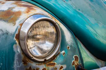 headlight of a classic car
