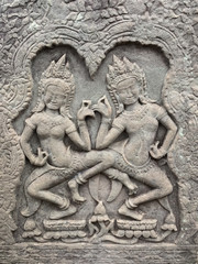 Duo de danseuses Aspara de la porte est du temple de Bayon