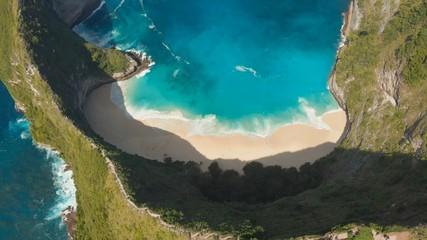 Obraz Aerial view Kelingking Beach on Nusa Penida Island, Bali, Indonesia - fototapety do salonu