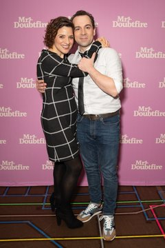 Jenn Gambatese, Rob McClure Photo Call for MRS. DOUBTFIRE Meet and Greet with Cast and Creative Team