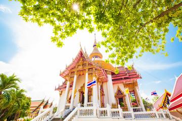 Wall Mural - Buddhist temple Wat Chai Mongkol in Pattaya, Thailand