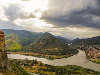 Foto auf Gartenposter Gebirge Quadrocopter panorama of the confluence of the Kura and Aragvi rivers