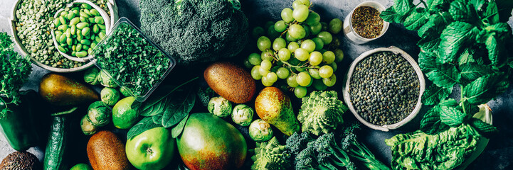 Keuken foto achterwand Keuken Variety of Green Vegetables and Fruits on the grey background, banner size