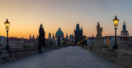 Fototapete - Charles bridge at Sunrise, Prague, Czech Republic