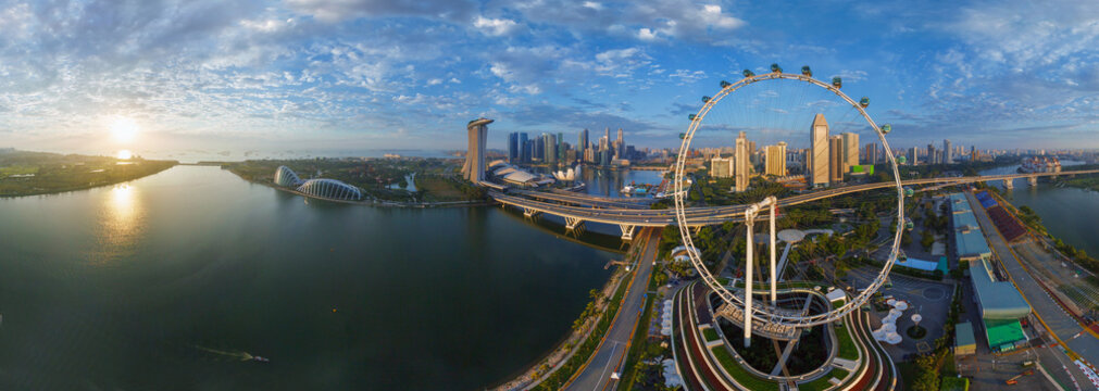 Panoramic aerial view of Singapore Flyer