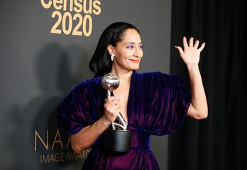 """51st NAACP Image Awards – Photo Room– Pasadena - Tracee Ellis Ross poses backstage with her Outstanding Actress in a Comedy Series for """"Blackish\"""