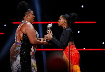 51st NAACP Image Awards – Photo Room– Pasadena - Lizzo accepts the Entertainer of the Year award