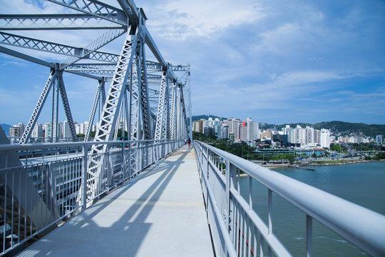 View of Hercílio Luz Bridge, historical landmark of Florianópolis city.