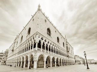 Wall Mural - Historical architecture - Doge's Palace in Venice, Italy