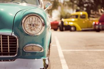 Fotomurales - Old vintage car headlights close-up