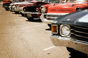 Fotomurales - old cars parked in a row, vintage color