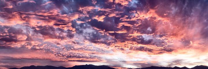 Foto auf Gartenposter Aubergine lila giant sundown at Death Valley
