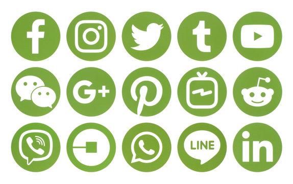 Popular circle green social media icons