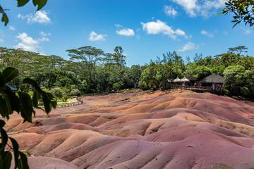 Wall Mural - Siebenfarbige Erde in Chamarel au der Insel Mauritius