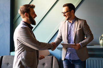 Fotobehang - Business handshake and business people concept. Partnership, deal, agreement.