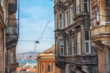Fotobehang - Streets of Istanbul leading to the sea. Sunny day in Istanbul. Turkey.