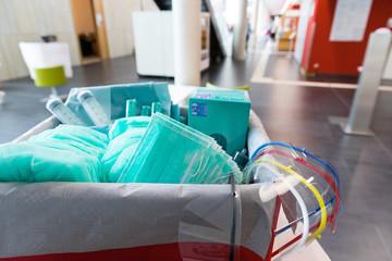 Mundschutz und Hygiene-Artikel im Krankenhaus