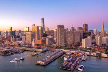 Fototapete - San Francisco downtown buildings aerial skyline sunrise morning