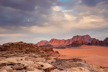 Wadi Rum Desert in Jordan - fototapety na wymiar
