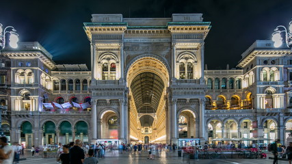 Photo sur Aluminium Milan Night view of Vittorio Emanuele II Gallery timelapse in Milan, Italy