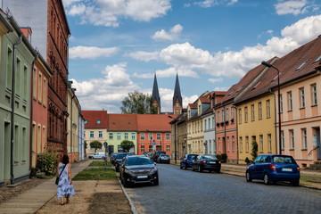 Fotomurales - neuruppin, deutschland - straße in der altstadt